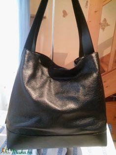 Ében fekete női táska (fgabor1) - Meska.hu Box, Fashion, Moda, Snare Drum, Fashion Styles, Fashion Illustrations