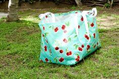 Miss Make: Free PDF Sewing Pattern - Big Blue Ikea Bag
