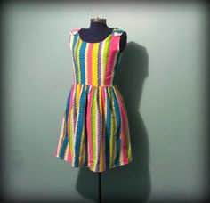 Vintage Womens 60s Multicoloured Chevron Zig Zag by offbeatvintage, $27.00