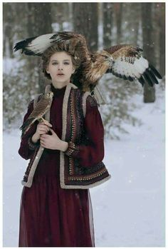 Moscow-based photographer, Katerina Plotnikova creates beautiful & surreal photos of people & animals. With the help of animals & their handlers/trainers, she is able to capture breathtaking images. Poses, Surreal Photos, Fantasy Photography, Amazing Photography, Mode Editorials, Female Characters, Character Inspiration, Design Inspiration, Fairy Tales