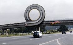 Funny pictures about Hot Wheels advertisement. Oh, and cool pics about Hot Wheels advertisement. Also, Hot Wheels advertisement photos. Guerilla Marketing Examples, Guerrilla Advertising, Native Advertising, Clever Advertising, Advertising Design, Marketing And Advertising, Advertising Campaign, Ambush Marketing, Marketing Ideas