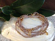 Silk bracelet. Is so Cute !!!
