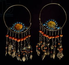 """Earrings in silver-gilt, turquoise, coral and moss agate, Region of Khorezm, Uzbekistan / De Agostini Picture Library / A. Dagli Orti / Bridgeman Images."""