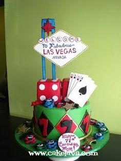 Check out this poker cake complete with Las Vegas casino theme