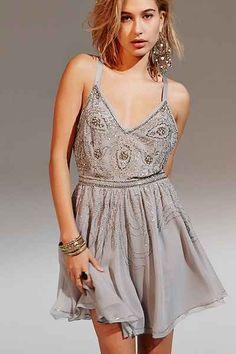 Crystal Party Dress   buy it here: http://rstyle.me/n/svrxwbbzkf