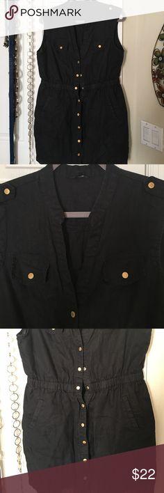 Sleeveless jacket /blouse GUESS jacket super stylish. 100% LINEN guess  Tops Button Down Shirts