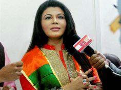 http://myfirstshow.com/news/Item-Girl-shocker-on-PM-Modi-49165.html