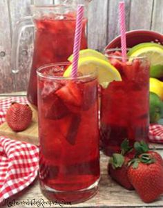 Southern Strawberry Sweet Tea Southern Strawberry Sweet Tea l Strawberries l Lime l Lemon l Easy To Make l Southern Staple l www. Refreshing Drinks, Summer Drinks, Fun Drinks, Cocktail Drinks, Beverages, Cocktails, Mixed Drinks, Strawberry Lemonade, Strawberry Recipes