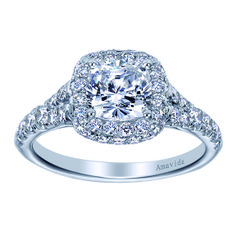 Too many diamonds to count on this Amavida Bridal Engagement Ring.
