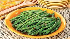 """ROASTED GARLIC GREEN BEANS RECIPE: ~ From: """"PENZEY'S SPICES.COM"""" ~ Recipe By: Penzey's.Com. ~ Prep.Time: None: Cooking Time: 4 to 6 minutes; Level: Easy; Yield: ((6 to 8 servings)."""
