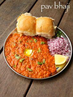 Http: Discover pav bhaji recipe Puri Recipes, Paratha Recipes, Paneer Recipes, Veg Recipes, Spicy Recipes, Cooking Recipes, Bhaji Recipes, Snacks Recipes In Hindi, Maggi Recipes