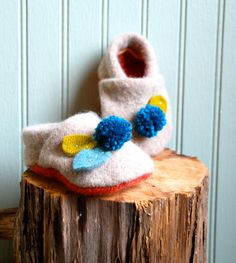 Pompom Baby Booties made from Reclaimed Lambswool/// by rompshop, $34.00