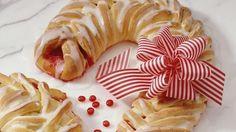 Candy Cane Coffee Cake   Nifymag.com
