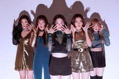 Red Velvet peek a boo teaser Seulgi, Wendy Red Velvet, Red Velvet Irene, Red Velvet Band, Stage Outfits, Kpop Outfits, Kpop Girl Groups, Kpop Girls, K Pop