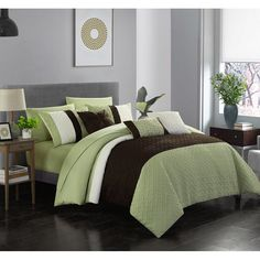 Chic Home Osnat 10 Piece Comforter Set Color Block Quilted Embroidered Design Bag Bedding – Sheets Decorative Pillows Shams Included, Queen, Green King Size Comforter Sets, King Size Comforters, Bedding Sets, Navy Comforter, Window Bed, King Pillows, Pillow Shams, Throw Pillows, Bed In A Bag