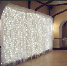 304 LED 10 X Lights And Curtains