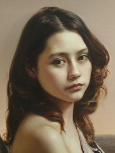 Artist: Wang Neng Jun (王能俊), oil on canvas, 2011 {figurative realism art beautiful female head asian young woman face portrait cropped painting #loveart} <3 wangnengjun.blog.artron.net