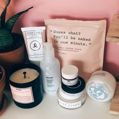 Must Have Beauty Products - Best Beauty Products Beauty Care, Beauty Skin, Beauty Makeup, Beauty Hacks, Hair Beauty, Clean Beauty, Beauty Routine Calendar, Beauty Routines, Skincare Routine