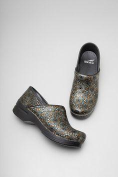 d98ae99fd1dac3 Dansko Professional Medallion Leather - Ravishing   Rugged Dansko Shoes