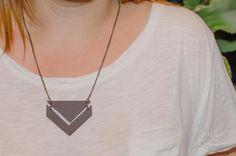 Fashion DIY: Collar con cadenas y cuero ¡Luce tu propia bisutería!
