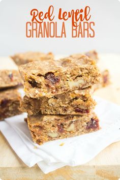 These red lentil granola bars are packed with fiber and protein - and they are vegan too! They make a great on the go breakfast or snack - really satisfying and you can't taste the lentils at all.  Another great recipe from @fannetasticfood