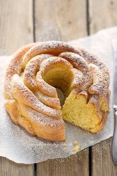 Fetta Torta alla panna montata soffice (senza burro e senza olio) - Ricetta Torta alla panna