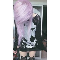 ilyTosh Omg I have the shirt and the tights o.o I will wear them together now