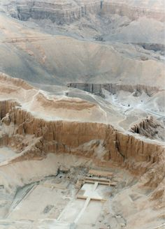 Temple of Hatshepsut and Valley of the Kings, Deir-el-Bahri