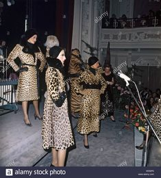 Models are presenting fur coats at a Dior fashion show in Fur Coat Fashion, Leopard Fashion, Cheetah Print, Leopard Prints, Animal Prints, Fashion Show, Dior Fashion, Fashion Models, Leopard Fur Coat