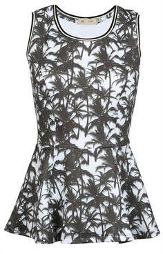 REGATA DE COQUEIROS - Feminina - Blusas/Camisetas - Anne Kanner - Urban | Riachuelo - O Abraço da Moda