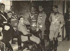 Joseph Goebbels and Nazi officers, Italy 1943 [1242 x 907] - Imgur