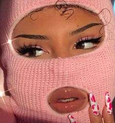 mask aesthetic girl mask aesthetic girl Ski mask are for anyone that can rock it! Boujee Aesthetic, Badass Aesthetic, Bad Girl Aesthetic, Aesthetic Images, Aesthetic Collage, Aesthetic Makeup, Aesthetic Vintage, Aesthetic Wallpapers, Aesthetic Beauty