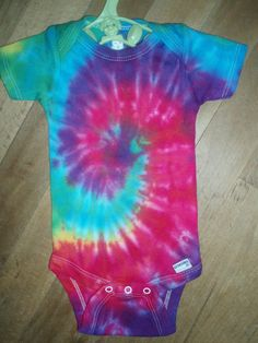 This is a month cotton onesie,button snap crotch, gently dyed using fiber reactive dyes that do not fade, lasting forever ! Makes a great gift for that special little person! New Baby Girls, Baby Girl Newborn, Rainbow Swirl, Tie Dye T Shirts, Tye Dye, Baby Gifts, New Baby Products, Onesies, Infant Toddler