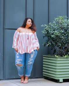 Garnerstyle the curvy girl guide: summer time fly plus size. Garner Style, Plus Size Fashion Blog, Fashion Over 40, High Fashion, 90s Fashion, Fashion Shoes, Office Fashion Women, Women's Fashion Dresses, Modest Fashion