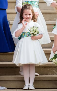 WINDSOR, ENGLAND - OCTOBER Princess Charlotte of Cambridge attends the wedding of Princess Eugenie of York and Jack Brooksbank at St George's Chapel in Windsor Castle on October 2018 in Windsor, England. (Photo by Pool/Samir Hussein/WireImage) Royal Princess, Princess Eugenie, Prince And Princess, Princess Diana, William Y Kate, Prince William And Catherine, Lady Diana, Kate Middleton, George Of Cambridge