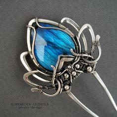 цветок цветок для волос синий цветок  заколка von KLDesignerJewelry, $440.00