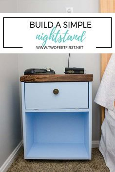 Do you want a simple nightstand next to your bed? Here is how to build a simple nightstand for your space. Diy Furniture Easy, Diy Furniture Projects, Woodworking Projects Diy, Wood Projects, Diy Nightstand, Bedroom Night Stands, Home Hacks, Easy Diy, Dyi