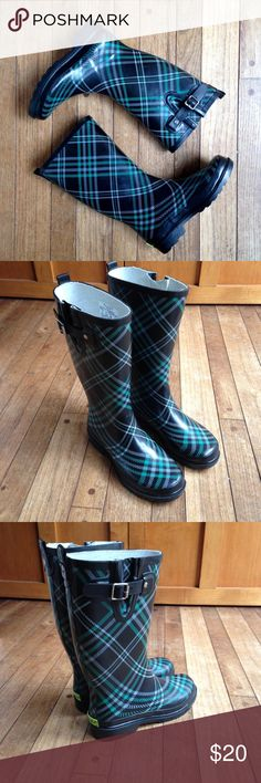 Western Chief Chevy Plaid Emerald rain boots EUC. Only worn a couple of times! Western Chief Shoes Winter & Rain Boots
