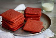 Red Velvet Graham Crackers from the wonderful @Amanda Rettke