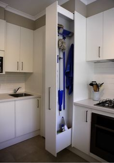 """Get wonderful pointers on """"laundry room storage diy cabinets"""". They are actually accessible for you on our web site. Informations About Sliding Home Organizers for Mops Mops And Brooms, Small Spaces, Kitchen Models, Apartment Storage, Apartment Storage Solutions, Room Storage Diy, Diy Kitchen Storage, No Closet Solutions, Laundry Room Storage"""