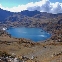 Le lac d'Allos Val D Allos, Pays Francophone, Altitude, Provence France, Week End, Travel Destinations, Europe, River, Mountains