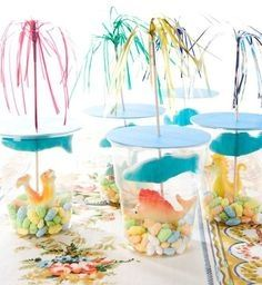 These cups filled with sealife candy.... Gives an instant summer feeling!