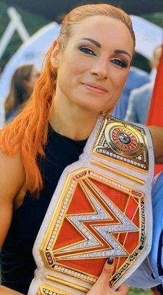 My champion ❤️ Becky Lynch, Becky Wwe, Wwe Sasha Banks, Nxt Divas, Rebecca Quin, Wwe Female Wrestlers, Raw Women's Champion, Wrestling Divas, Royal Rumble