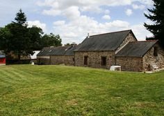 We have a new lawn at our 2 holiday homes near Plouye in central Brittany