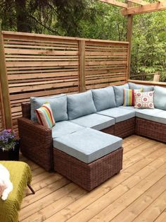 Wooden Porch Privacy Design For Backyard. Porch Privacy, Garden Privacy Screen, Outdoor Privacy, Outdoor Balcony, Outdoor Spaces, Outdoor Living, Privacy Fences, Privacy Wall On Deck, Rooftop Terrace