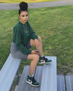 You are in the right place about tomboy outfits Here we offer you the most beautiful pictures ab Baddie Outfits Casual, Chill Outfits, Cute Swag Outfits, Cute Comfy Outfits, Dope Outfits, Retro Outfits, Summer Outfits, Black Girls Outfits, Stylish Outfits
