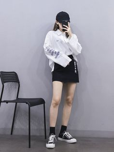 koreanfashionoutfits koreanfashion 여성패션 koreanstyle ulzzanggirl ulzzang outfit 2019 2019 You can find Ulzzang and more on our website Korean Girl Fashion, Korean Fashion Trends, Ulzzang Fashion, Korean Street Fashion, Korea Fashion, Kpop Fashion, Asian Fashion, Fashion Outfits, Korea Street Style