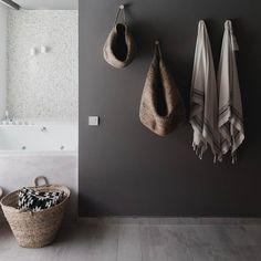 Vandaag willen we laten zien hoe je op een leuke stijlvolle manier opbergmanden kunt gebruiken! Zie link in bio. #manden #opbergmanden #basket #rotan #interieur #interior #bolig