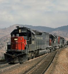 St. Louis Southwestern Railway (Cotton Belt), EMD SD45T-2 diesel Locomotive in Walong, California, USA