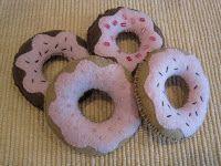Felt Doughnuts Tutorial | Confessions of a Homeschooler